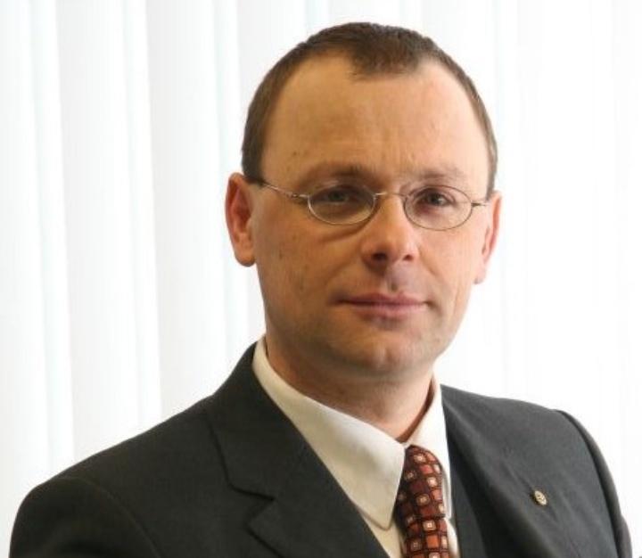 Prof. Dr. Michael R. Buchmeiser
